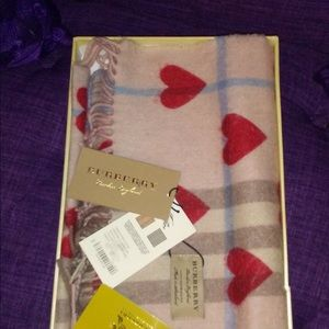 Burberry Classic Hearts Scarf